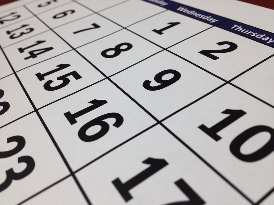 a naptár mutatja, hanyadik hét van ma