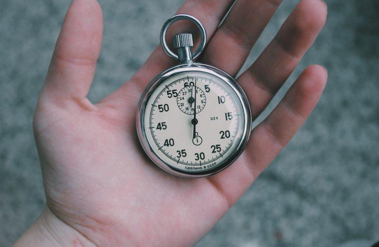 Miért fontos még mindig a pontos idő leellenőrzése?
