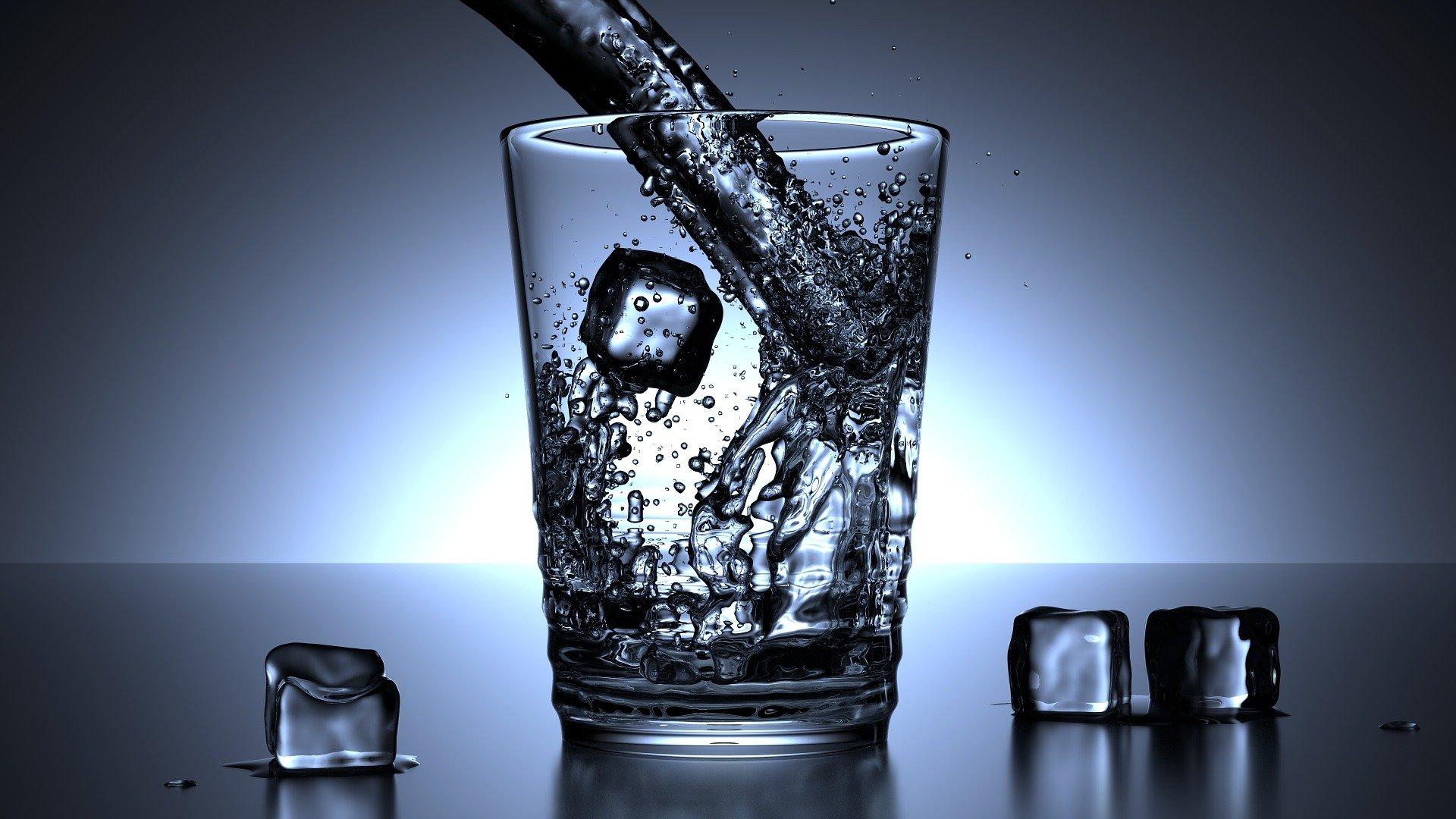 kiszáradás ellen vizet kell inni